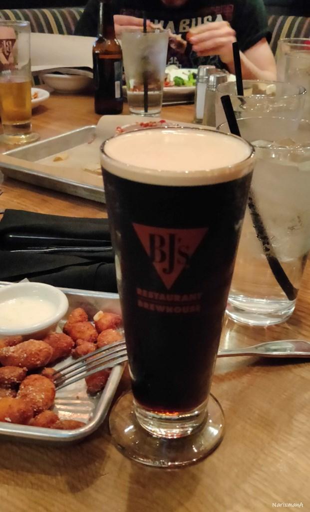 BJ's Restaurant & Brewhouse ビールとおつまみのフライ